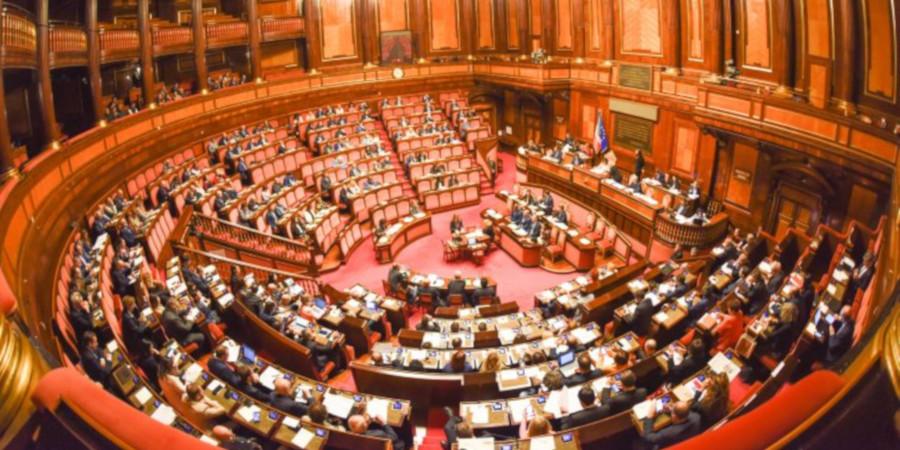 La 39 fabbrica delle leggi 39 le riforme da fare dopo il for Parlamentari numero
